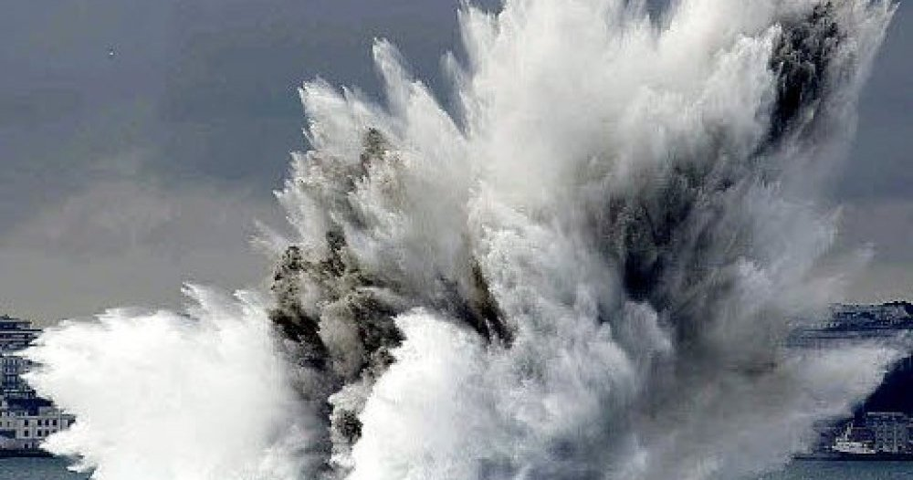 Au fond des océans, des aveugles et des bombes cohabitent