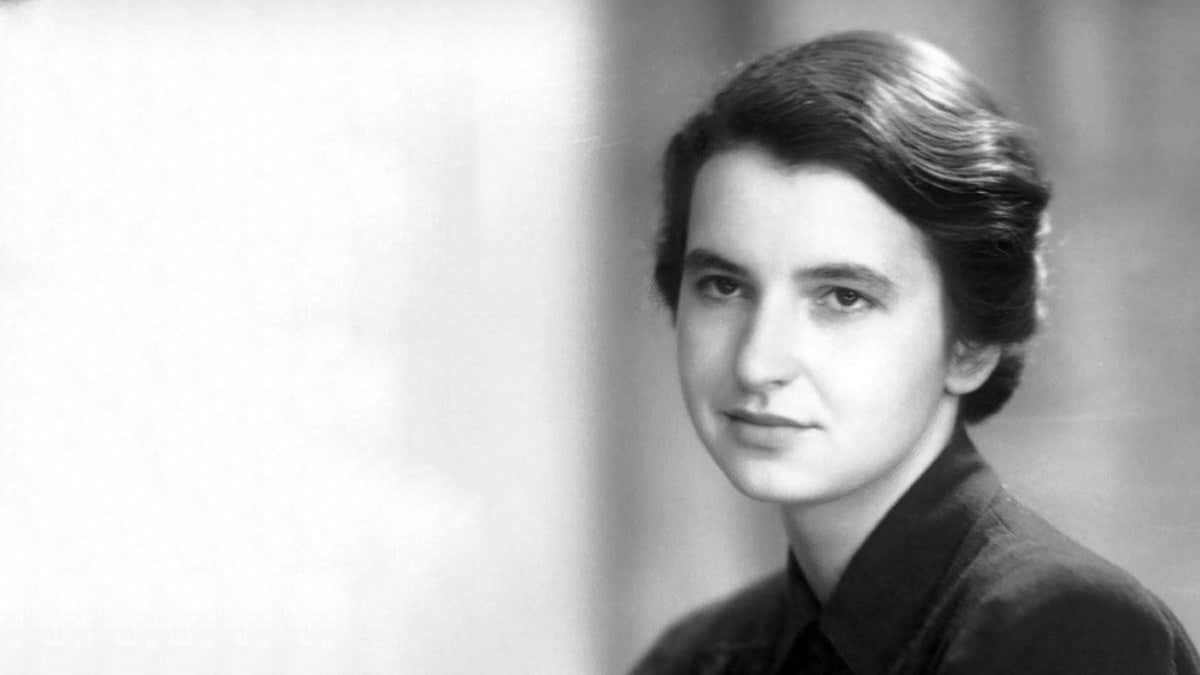 """Rosalind Franklin : Femme de Science """"délibérément"""" oubliée"""